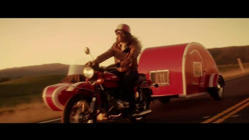 Geico motorcycle tv spot no shame song by zz top screenshot 6