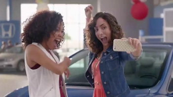 Honda Summer Clearance: 2015 Civic Coupé TV Spot, 'Apoyo' [Spanish] thumbnail