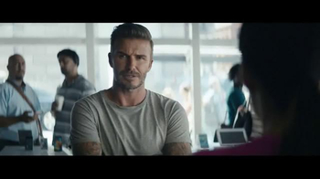 Sprint TV Spot 'All-In Plan: Versión T-Mobile' con David Beckham thumbnail