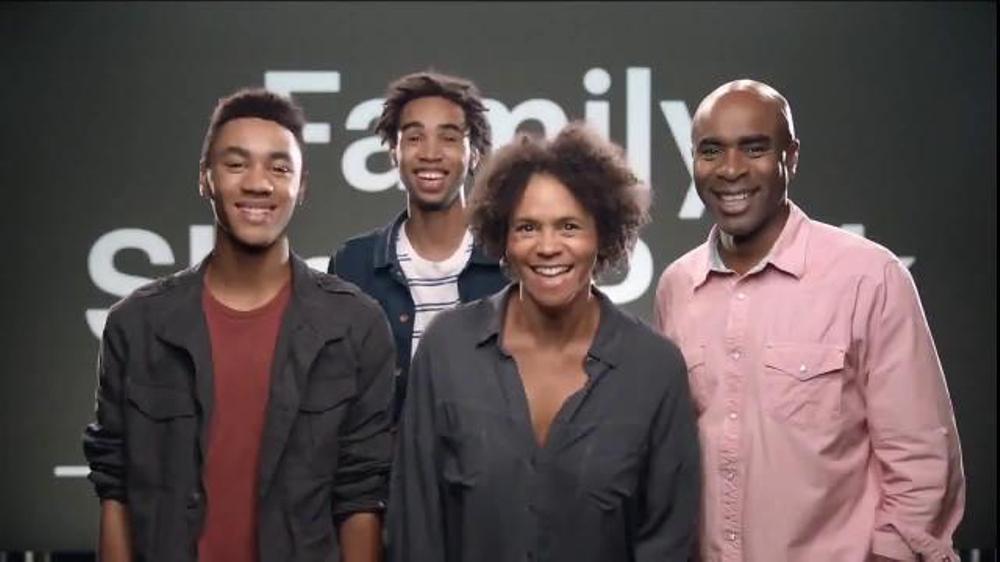 Sprint Family Share Pack TV Spot, 'Best Family' Song by Flo Rida thumbnail