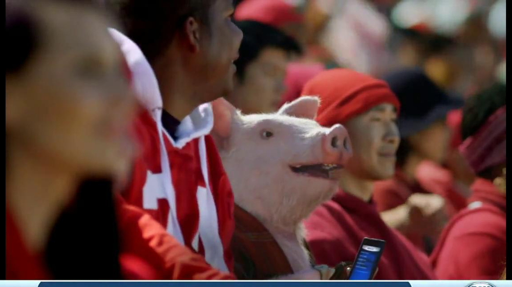 Geico App TV Spot, 'Pig in a Blanket' - Screenshot 7