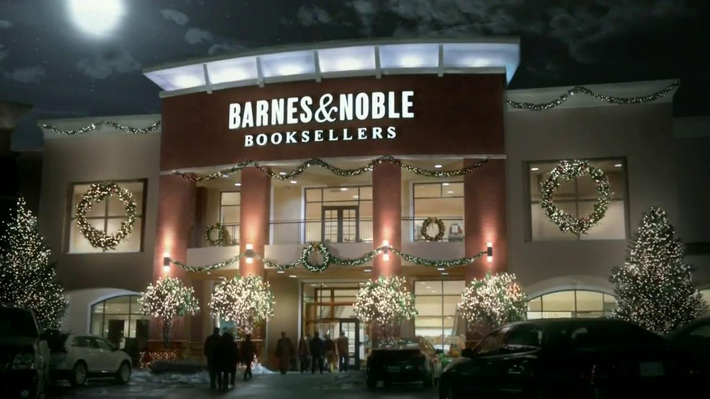 Barnes & Noble TV Spot, 'Holiday Gift Ideas' Featuring Jack McBrayer - Screenshot 1