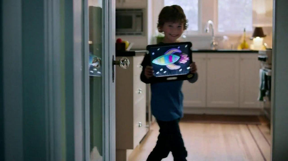 Crayola Dry-Erase Light-Up Board TV Spot - Screenshot 7