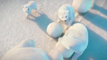 Coca-Cola 2014 Holiday TV Spot, 'Snow Polar Bear' - Thumbnail 2