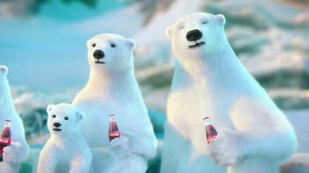 Coca Cola 2014 Holiday TV Spot, 'Snow Polar Bear' - Thumbnail 5
