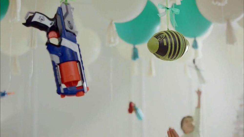 Target TV Spot, 'Floating' - Screenshot 8