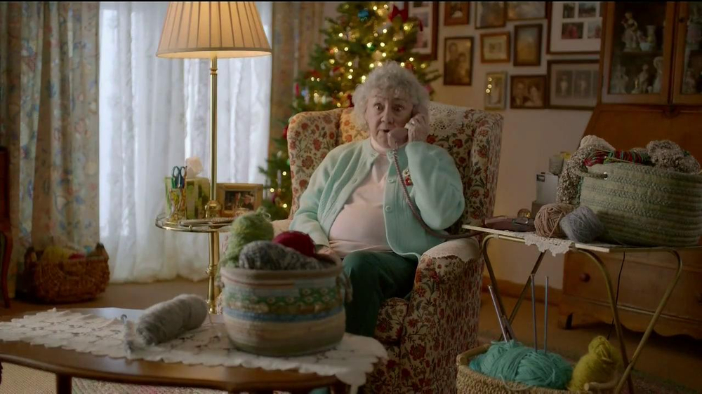 FedEx One Rate TV Spot, 'Cozies' - Screenshot 2