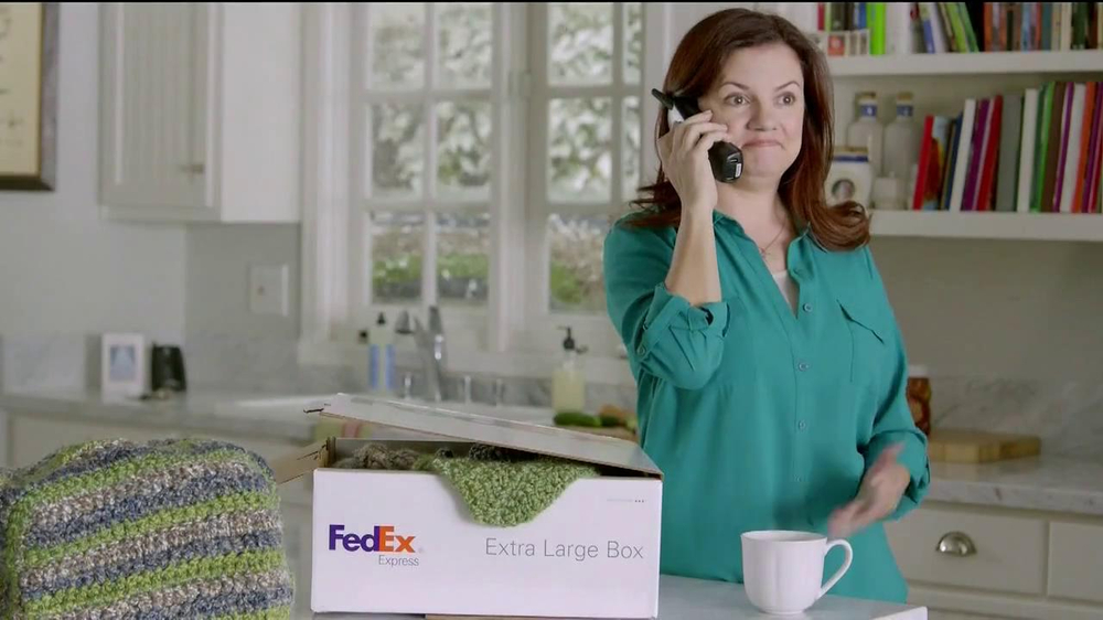 FedEx One Rate TV Spot, 'Cozies' - Screenshot 7