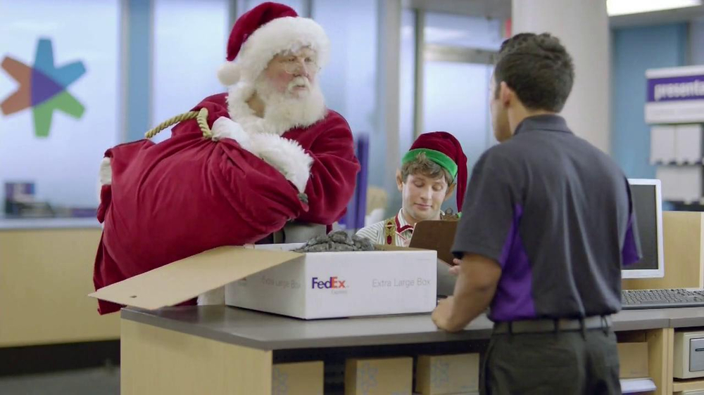 FedEx One Rate TV Spot, 'Santa' - Screenshot 2