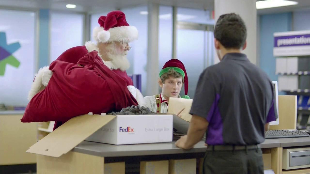 FedEx One Rate TV Spot, 'Santa' - Screenshot 7