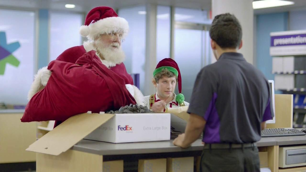 FedEx One Rate TV Spot, 'Santa' - Screenshot 8