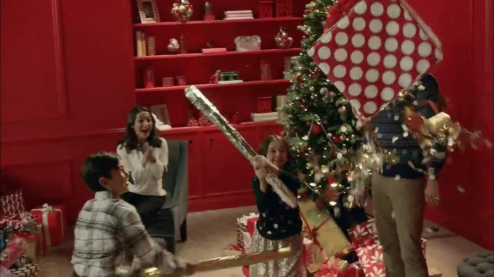 Target TV Spot, 'My Kind of Holiday' - Screenshot 8