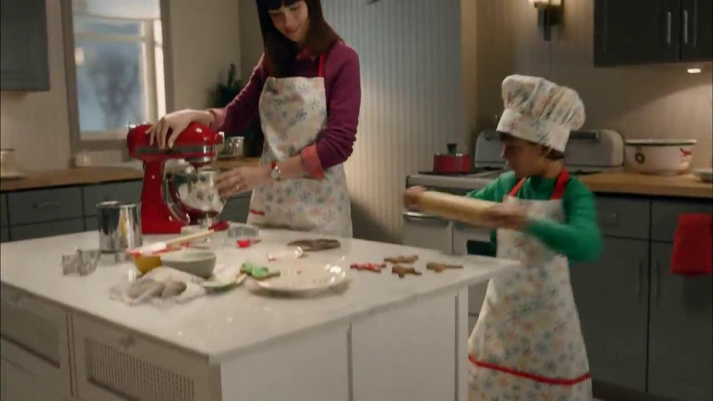 Target TV Spot, 'My Kind of Holiday' - Screenshot 5