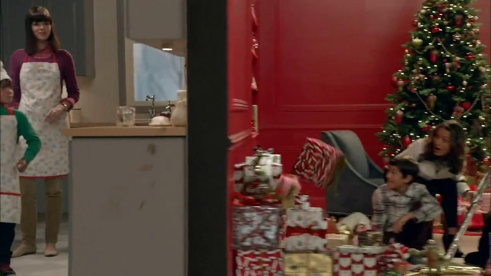 Target TV Spot, 'My Kind of Holiday' - Screenshot 7
