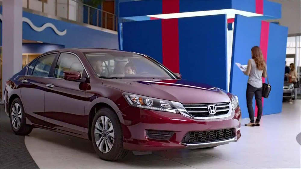 Honda Happy Honda Days: Accord TV Spot, 'Cue the Bolton' Ft. Michael Bolton - Screenshot 3
