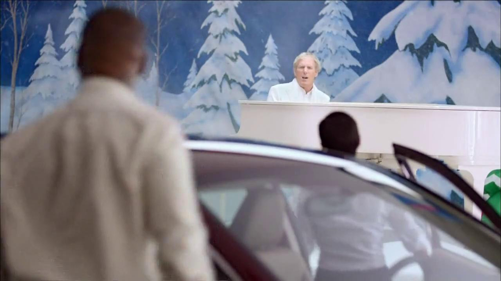 Honda Happy Honda Days: Accord TV Spot, 'Cue the Bolton' Ft. Michael Bolton - Screenshot 6