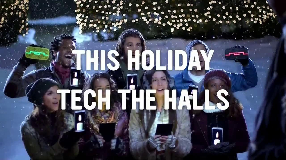 Radio Shack TV Spot, 'Tech the Halls' - Screenshot 10