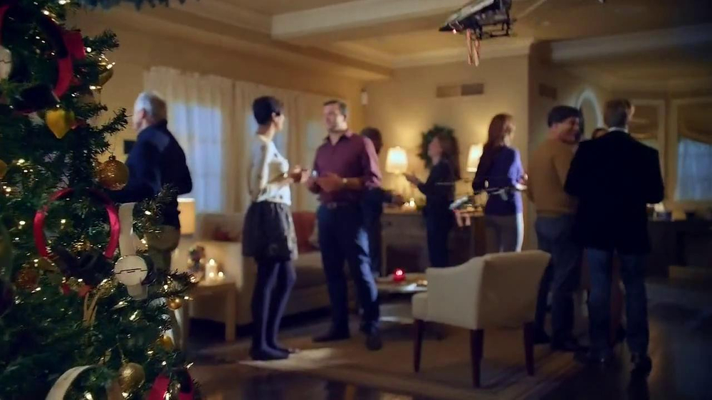Radio Shack TV Spot, 'Tech the Halls' - Screenshot 2