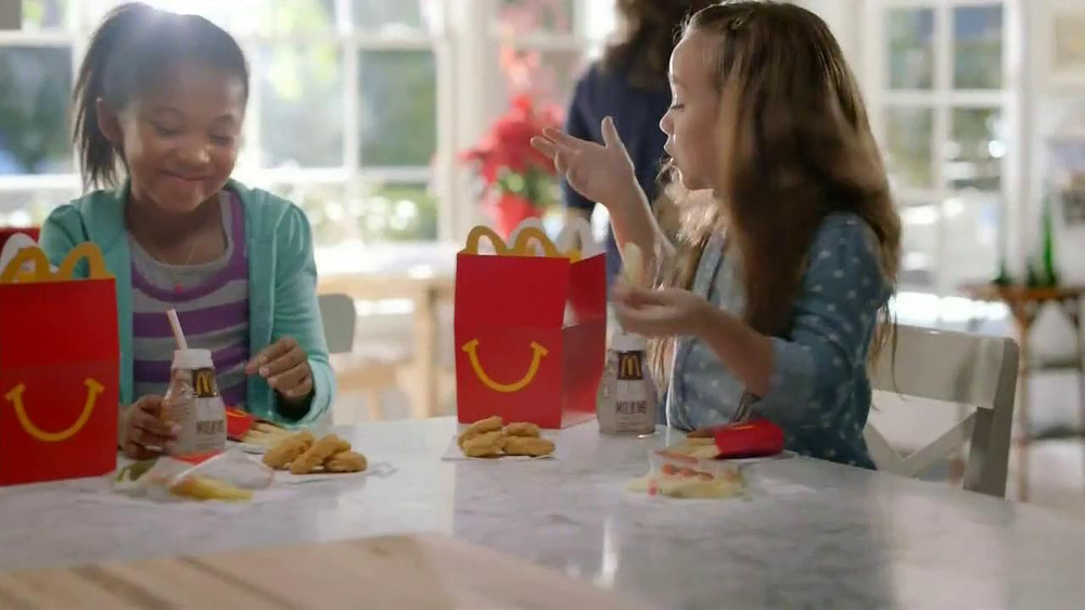 mcdonalds advertising to children Mcdonald's defends its ads targeting kids as study concludes self-regulation is not working (children's advertising review unit) guidelines they found that contrary to these guidelines - which require a focus on food, not toys and movies in qsr ads targeting kids.