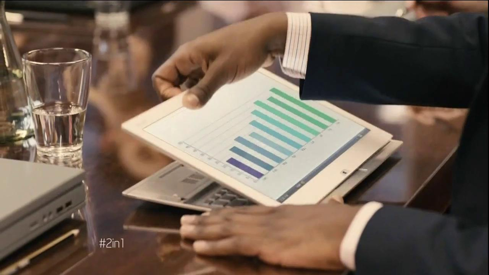 Intel 2-in-1 Laptop TV Spot, 'Meeting' - Screenshot 4