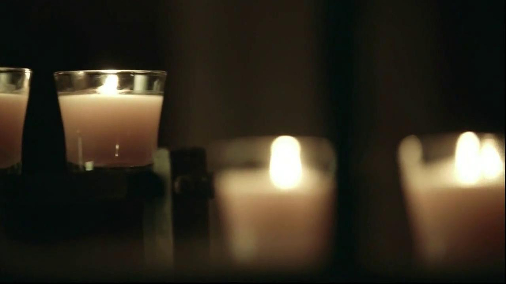 Glade Candles TV Spot, 'This is My Wish' - Screenshot 8