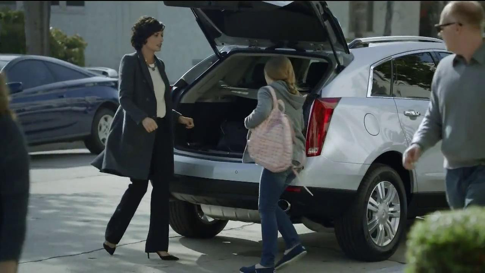 2014 Cadillac SRX TV Spot, 'Mom' Song by Fountains of Wayne - Screenshot 3