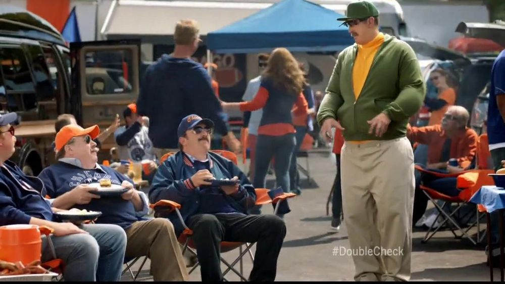 State Farm TV Spot, 'Cousin Reg' Featuring Aaron Rodgers, Mike Ditka - Screenshot 4
