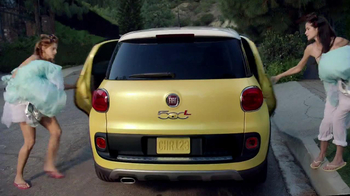 FIAT 500L TV Spot, 'Wedding'