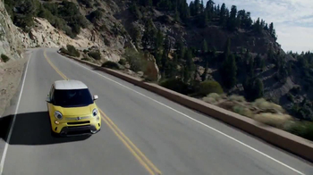 FIAT 500L TV Spot, 'Wedding' - Thumbnail 4