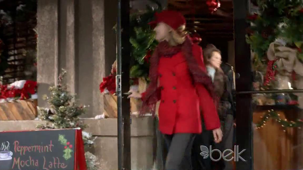 Belk TV Spot, 'Heading South for Christmas' Song by Kelly Clarkson - Screenshot 6