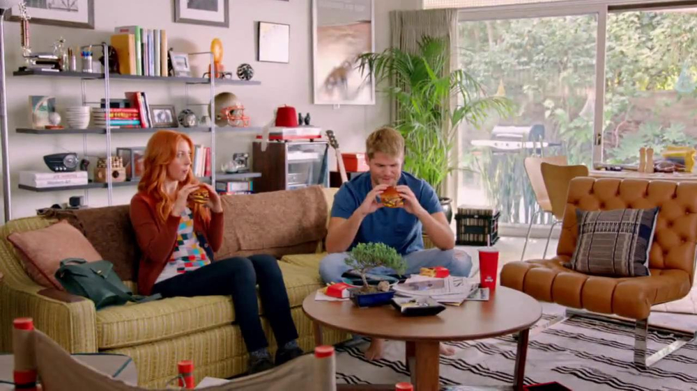 Wendy's Bacon Portabella Melt on Brioche TV Spot, 'Melt with You' - Screenshot 4