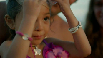 Disney Aulani TV Spot, 'A Whole New World' - Thumbnail 9