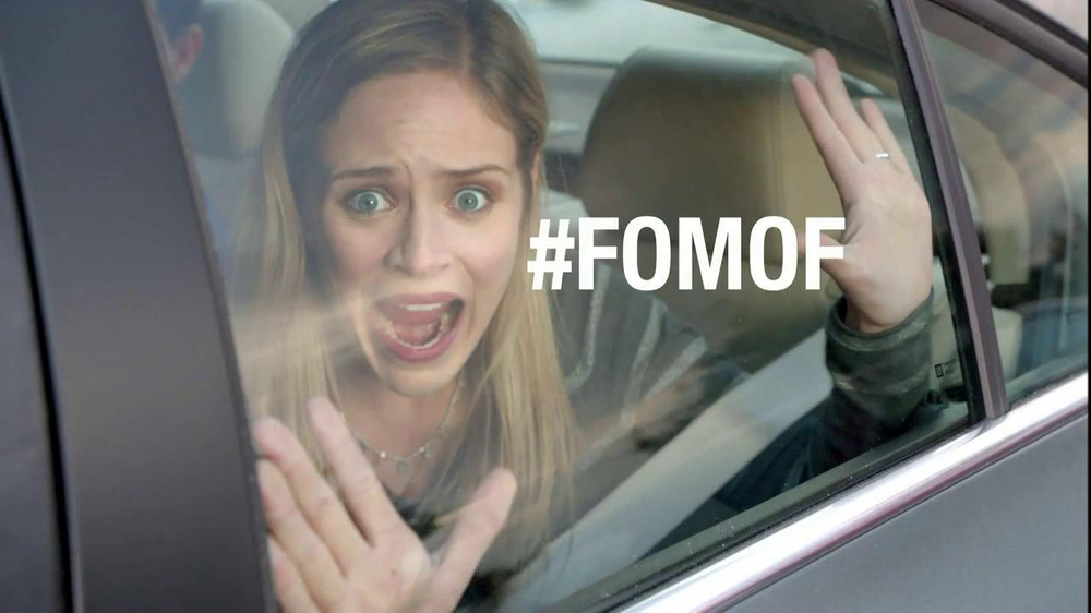 Verizon NFL Mobile TV Spot, '#FOMOF: Road Trip' Feat. JJ Watt - Screenshot 7