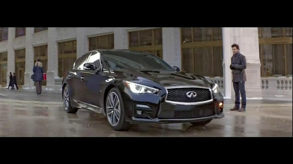 Infiniti TV Spot, 'Santa Karma' - Screenshot 1
