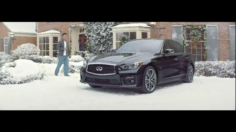 Infiniti TV Spot, 'Santa Karma' - Screenshot 9
