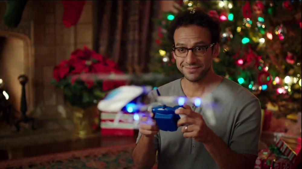Walgreens TV Spot, 'Christmas RC Helicopter' - Screenshot 2