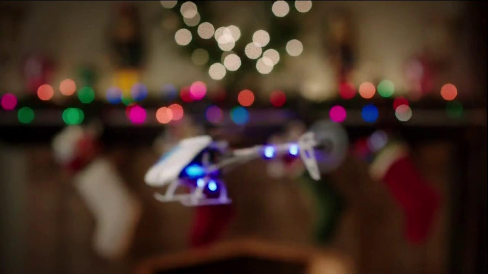 Walgreens TV Spot, 'Christmas RC Helicopter' - Screenshot 3