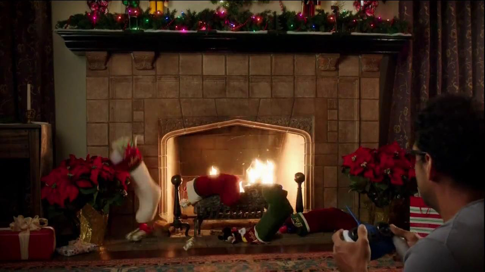 Walgreens TV Spot, 'Christmas RC Helicopter' - Screenshot 6