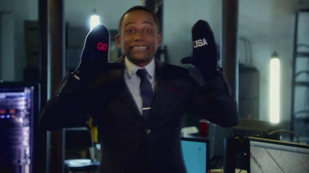 Team USA Mittens TV Spot, 'Go USA' - Screenshot 9