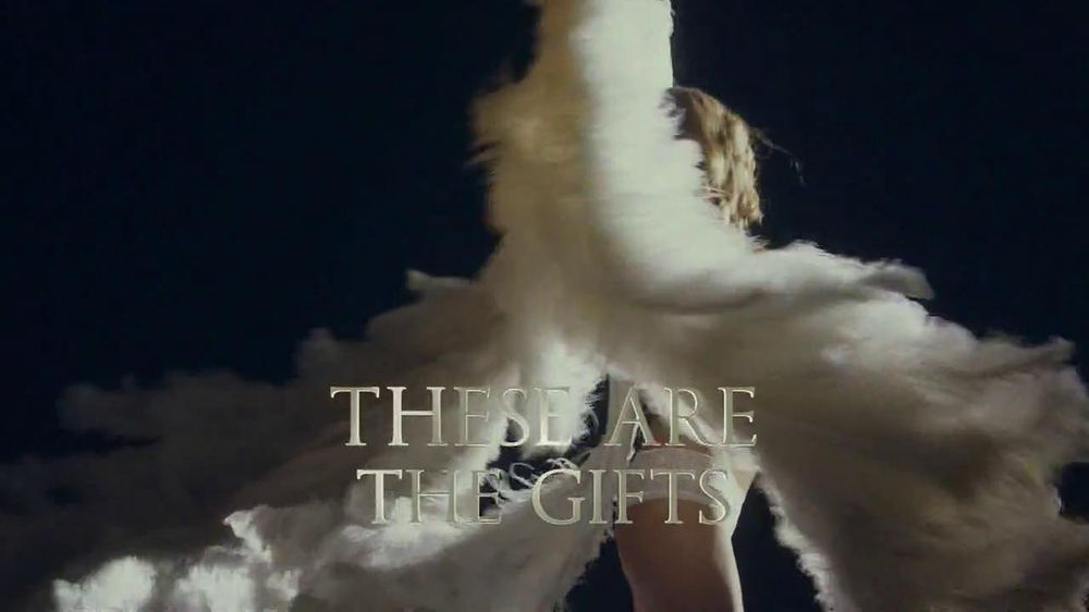 Victoria's Secret Dream Angels TV Spot, Song by Banks - Screenshot 9