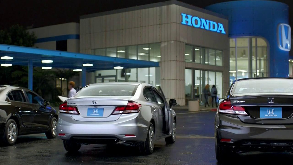 Honda Happy Honda Days: Civic TV Spot Featuring Michael Bolton - Screenshot 2