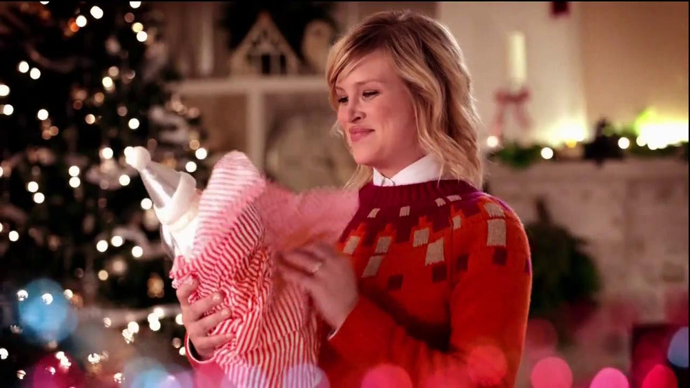 JCPenney Super Saturday Sale TV Spot, 'Jingle Mingle' - Screenshot 1