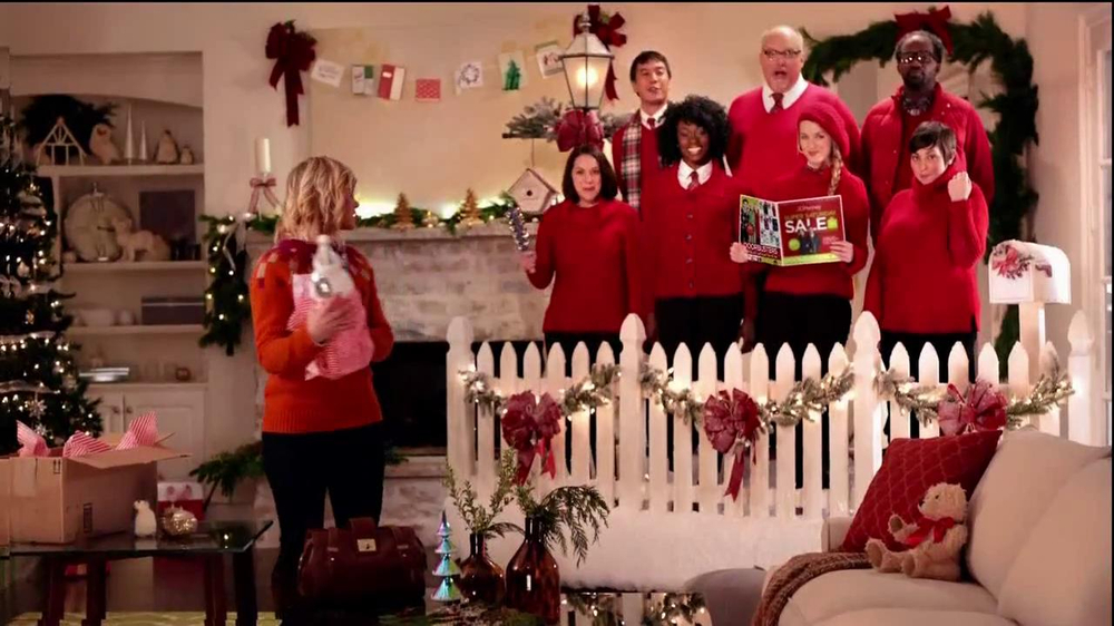JCPenney Super Saturday Sale TV Spot, 'Jingle Mingle' - Screenshot 2