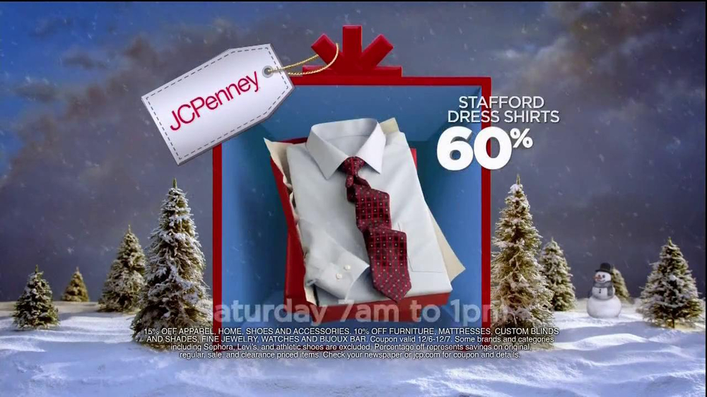 JCPenney Super Saturday Sale TV Spot, 'Jingle Mingle' - Screenshot 8