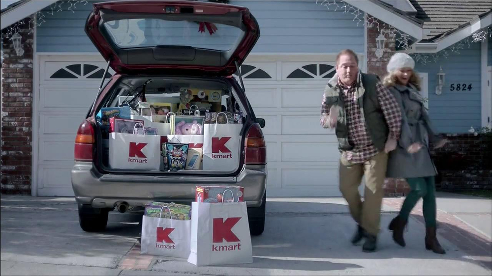 Kmart TV Spot, 'Giffing Out' - Screenshot 2