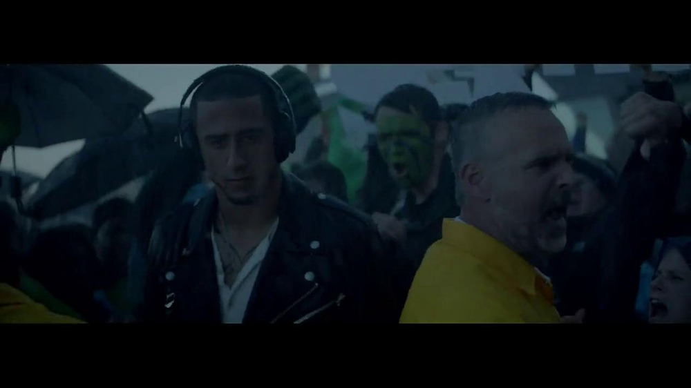 Beats Studio TV Spot Featuring Colin Kaepernick, Song by Aloe Blacc - Screenshot 7