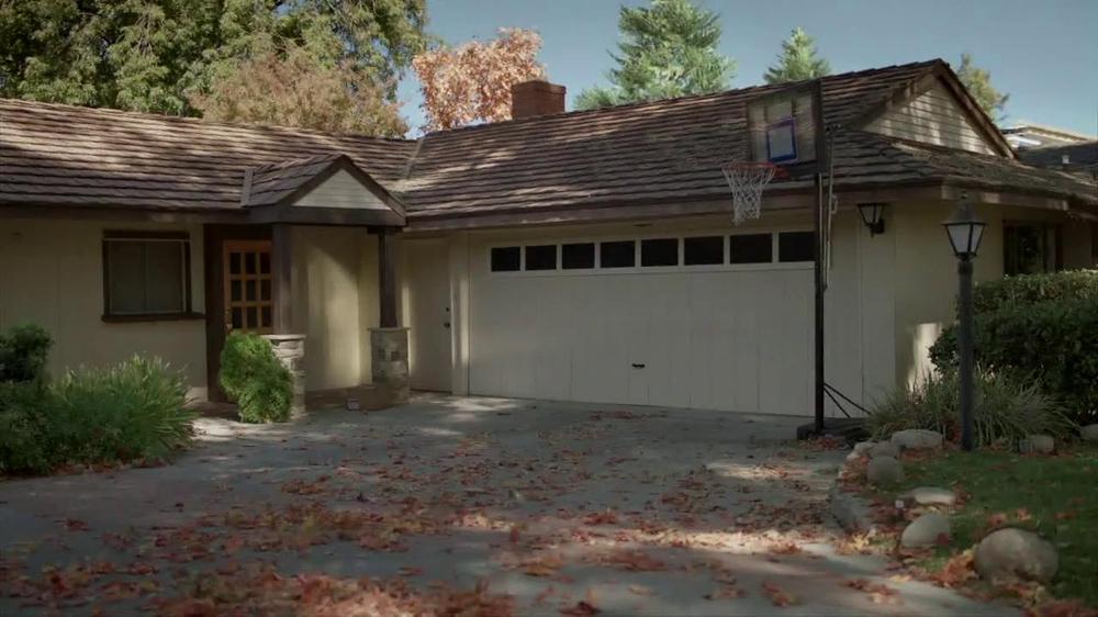 2014 Cadillac CTS Sedan TV Spot, 'Garages' - Screenshot 3