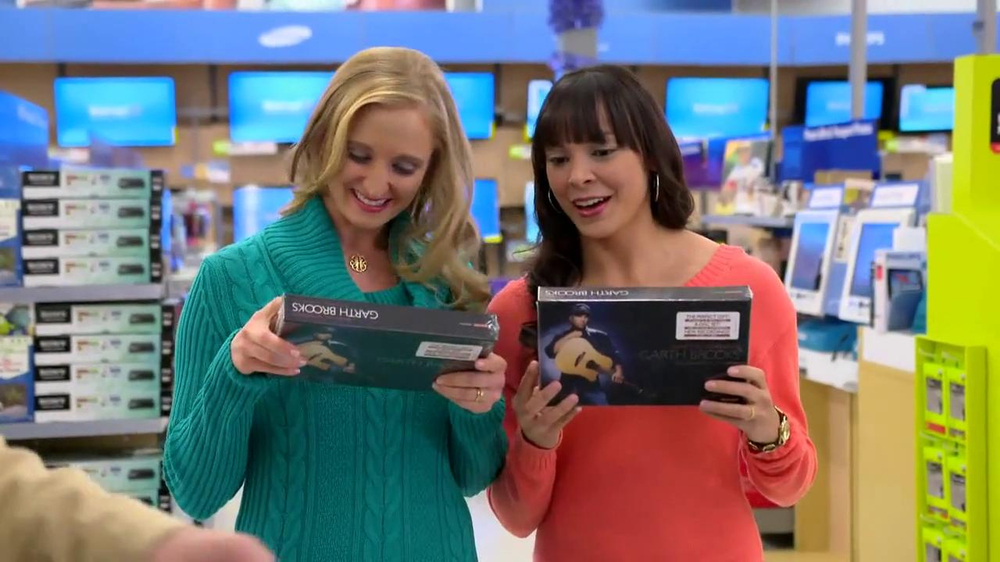 Walmart TV Spot, 'Garth Brooks Box Set' Featuring Garth Brooks - Screenshot 3