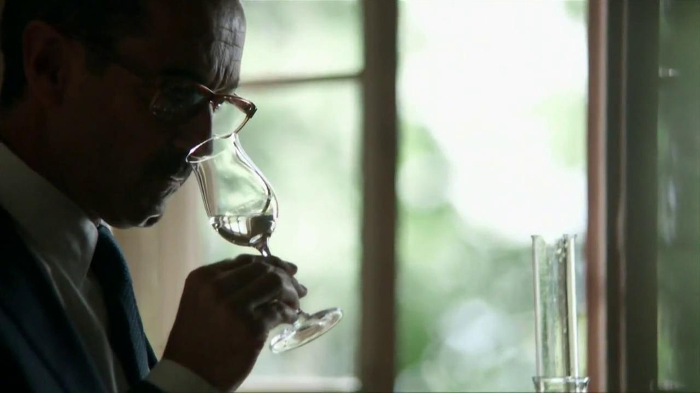 Grey Goose TV Spot, 'Fly Beyond' - Screenshot 3
