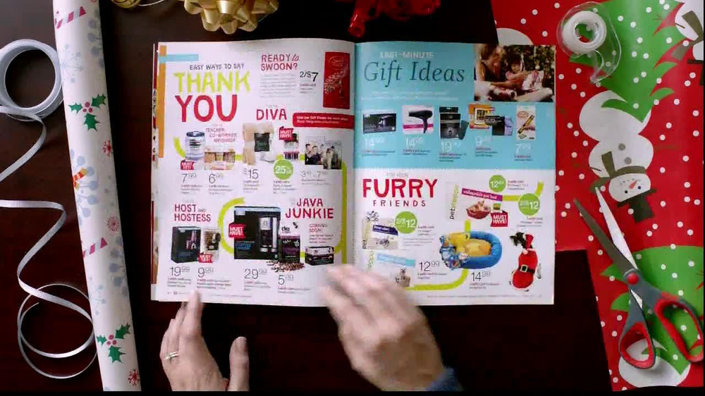 Walgreens Happy and Healthy Magazine TV Spot, 'Taylor Swift' - Screenshot 3